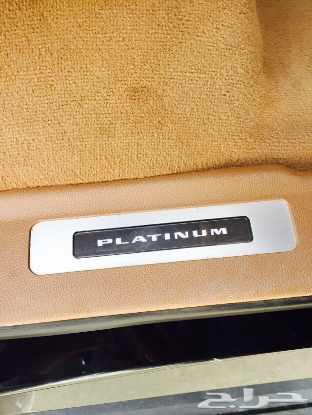 كاديلاك إسكاليد بلاتينيوم لعشاق الفخامة 2015