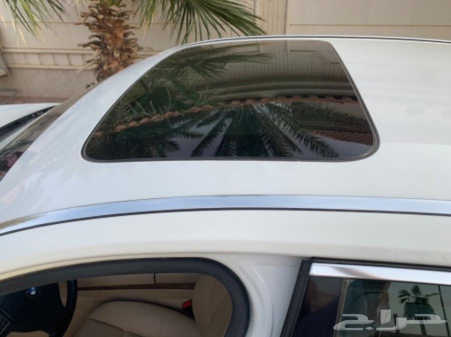 بي إم دبليوLI 730 .  2010 أبيض .