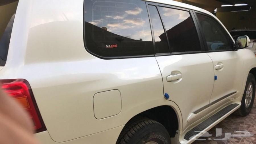 تويوتا لاندكروزر قير عادي 1 أبيض لؤلؤي 2012م