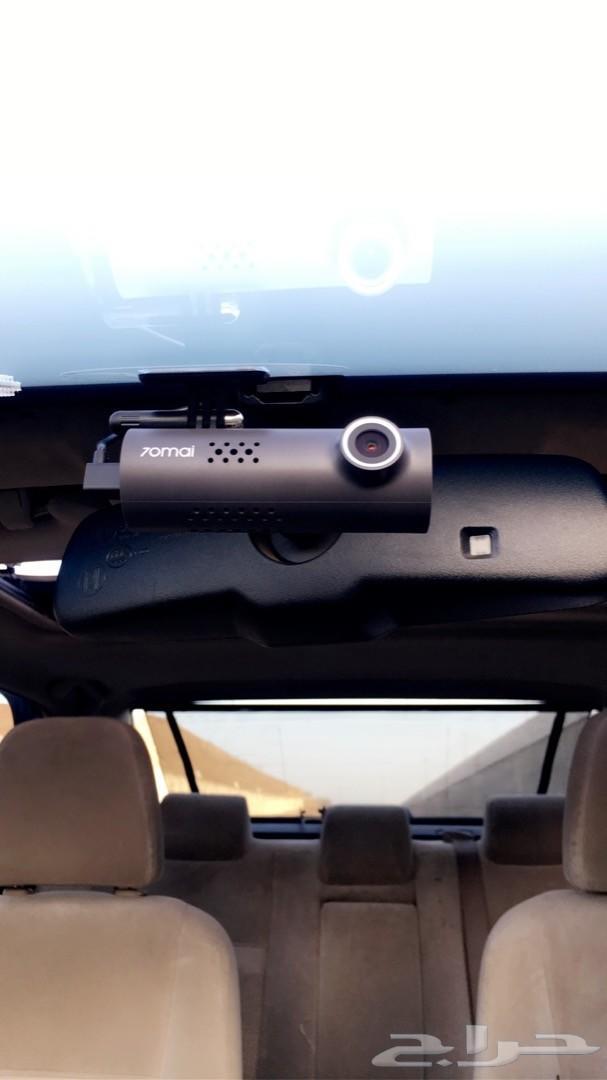 كاميرة لمراقبة الطريق اثناء القيادة