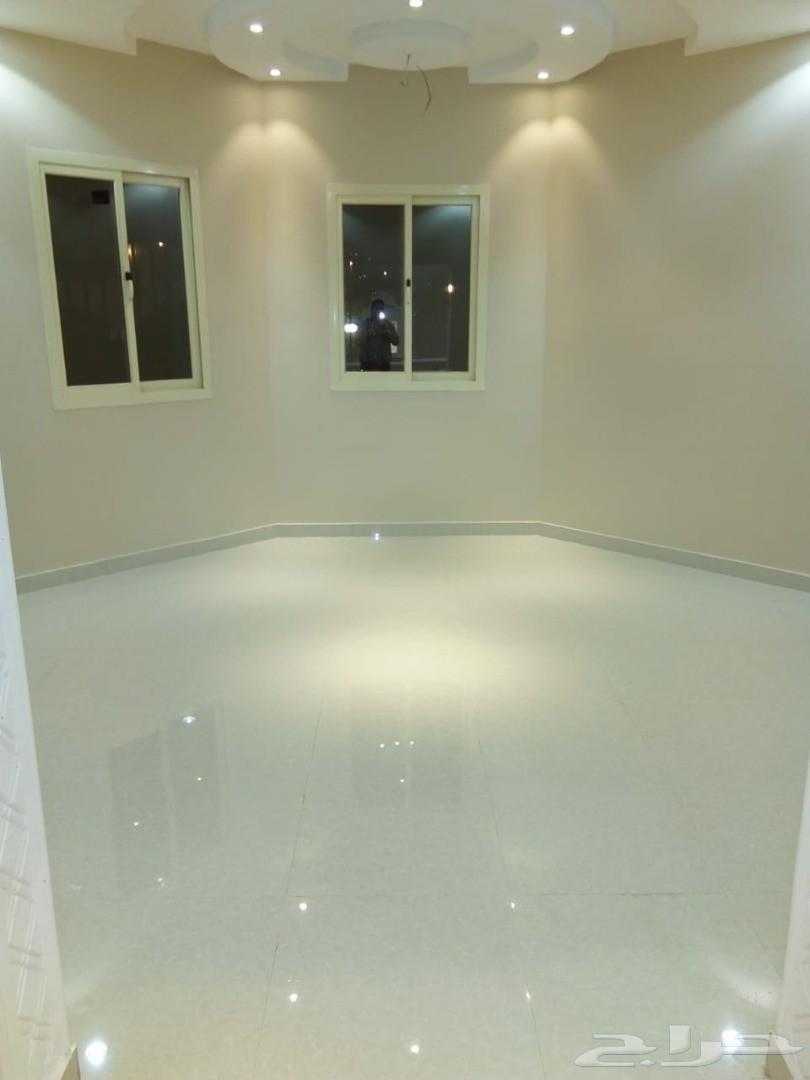 جلى وتلميع البلاط تنظيف شامل ومتكامل لمنزلك