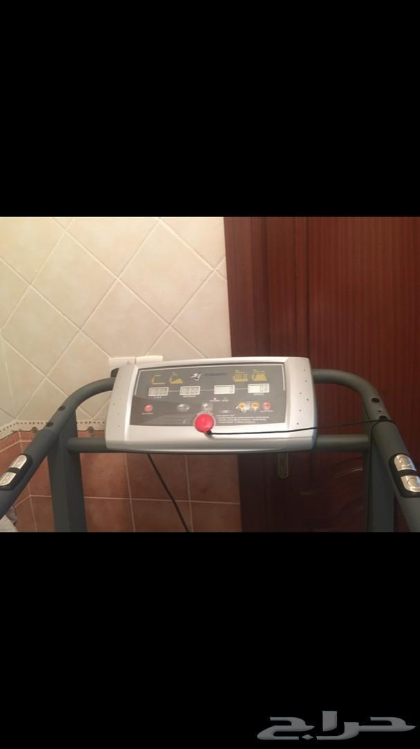 جهاز سير كهربائي strength master من الفالح