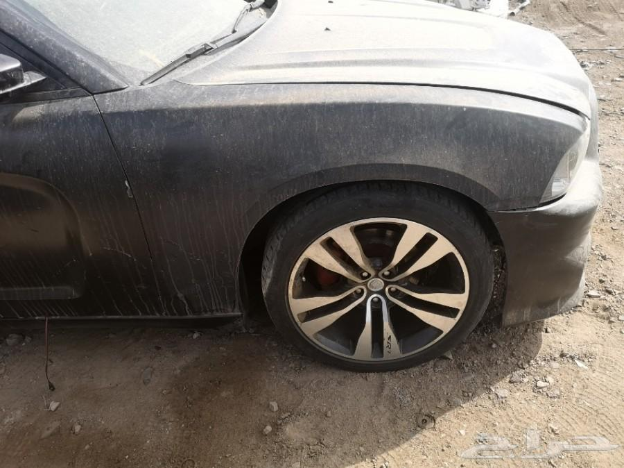 تشليح سمير الحازمي - قطع غيار دودج تشارجر 200