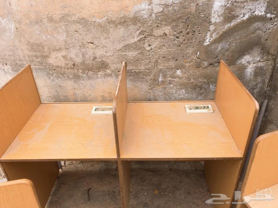 طاولات كمبيوتر للبيع الحد 300