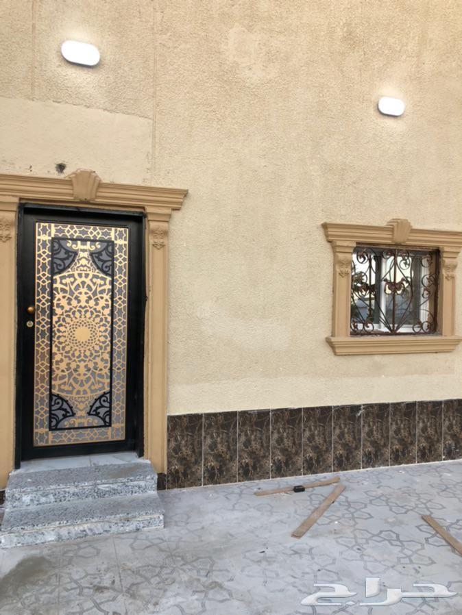 عمارة للبيع في حي السعاده