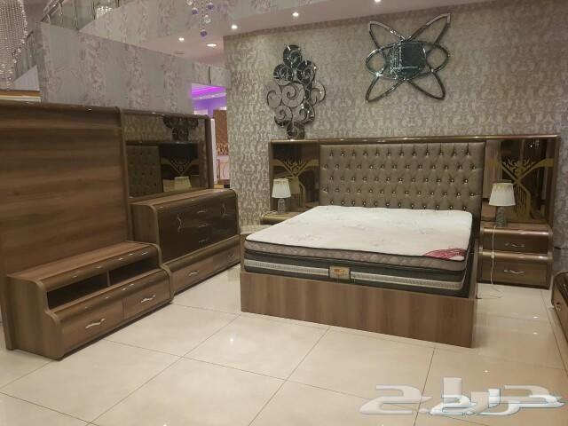 طاولات طعام غرف نوم