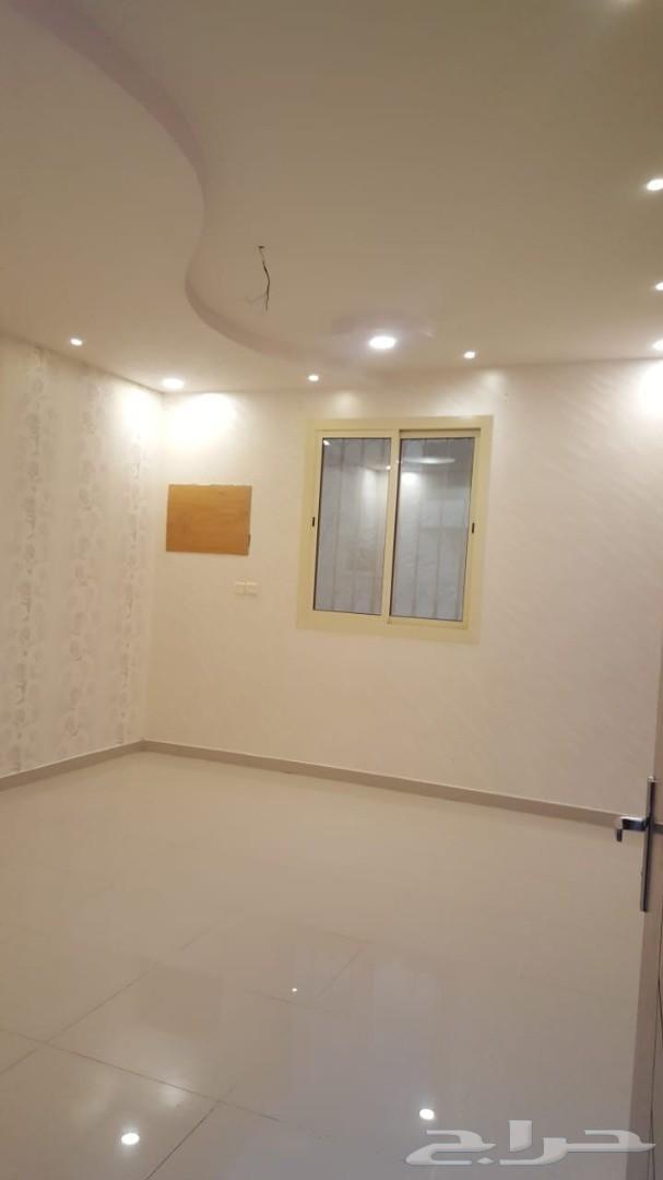 عماره 8 شقق مساحه 1083على شارعين  ممتازه