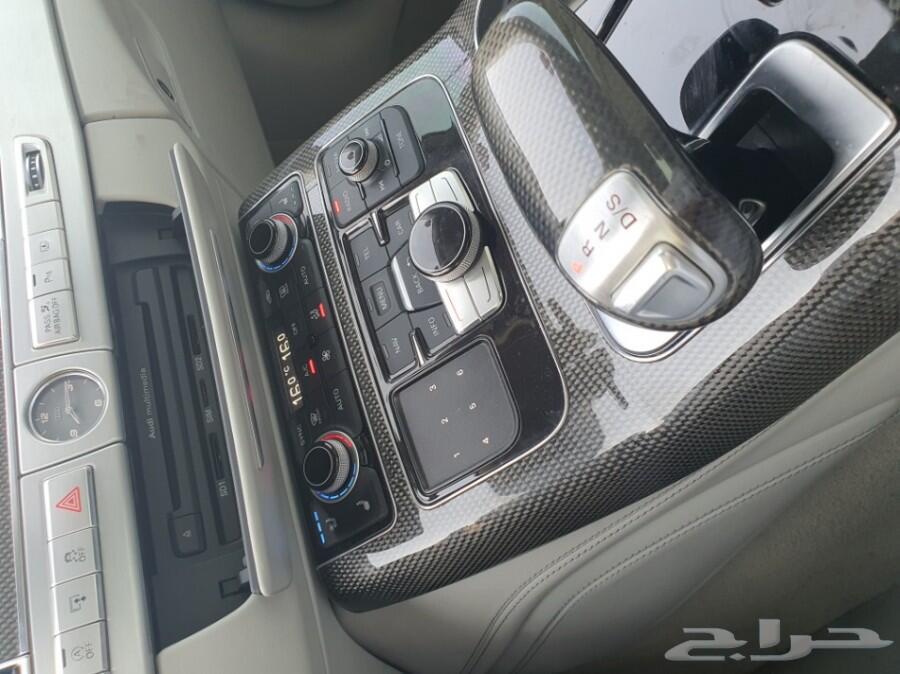 للبيع اودي S8 قمه في النظافه