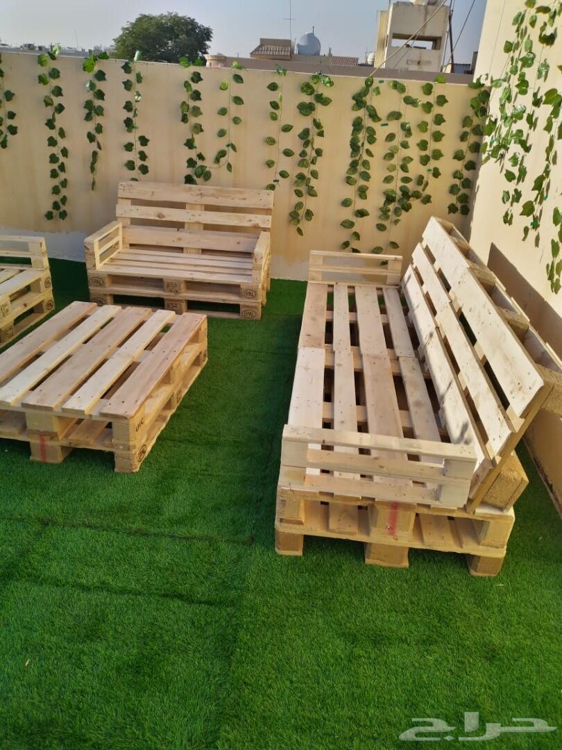جلسات خارجية من طبليات الخشبية بارخص الاسعار