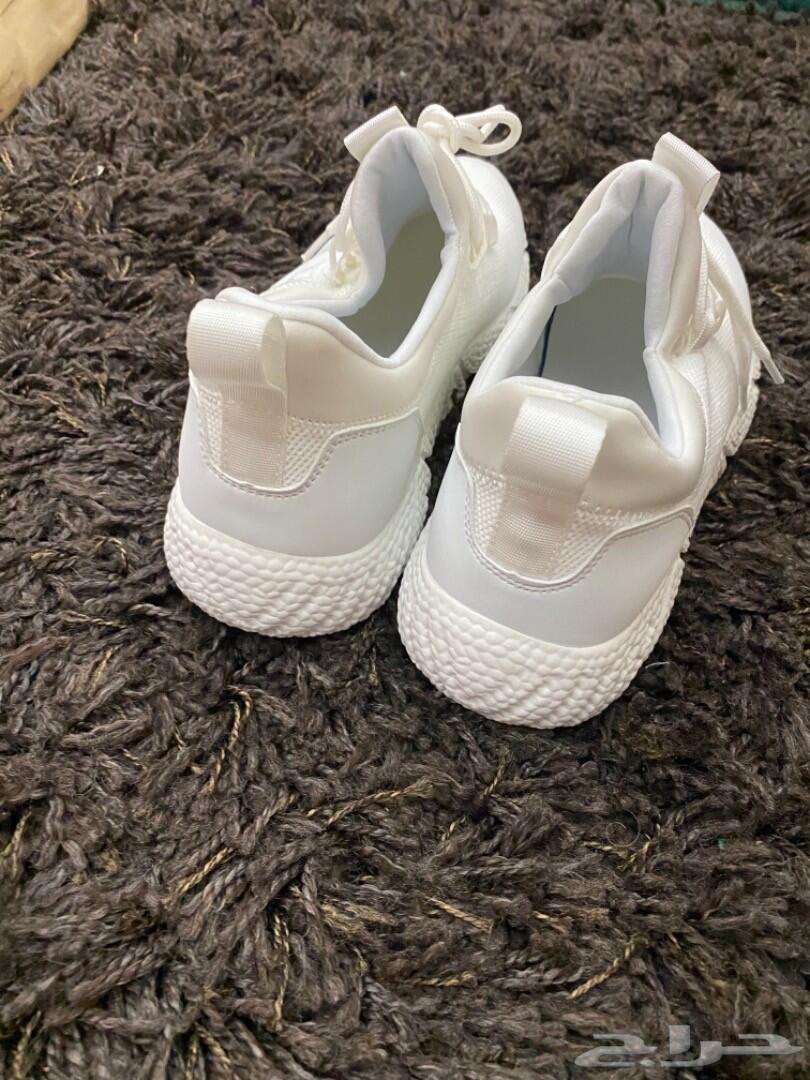 جوارب وحذاء زيادة الطول 8 سم