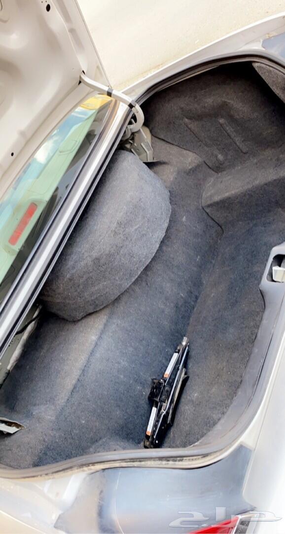 فورد فكتوريا 2011 ماشي 214 الف