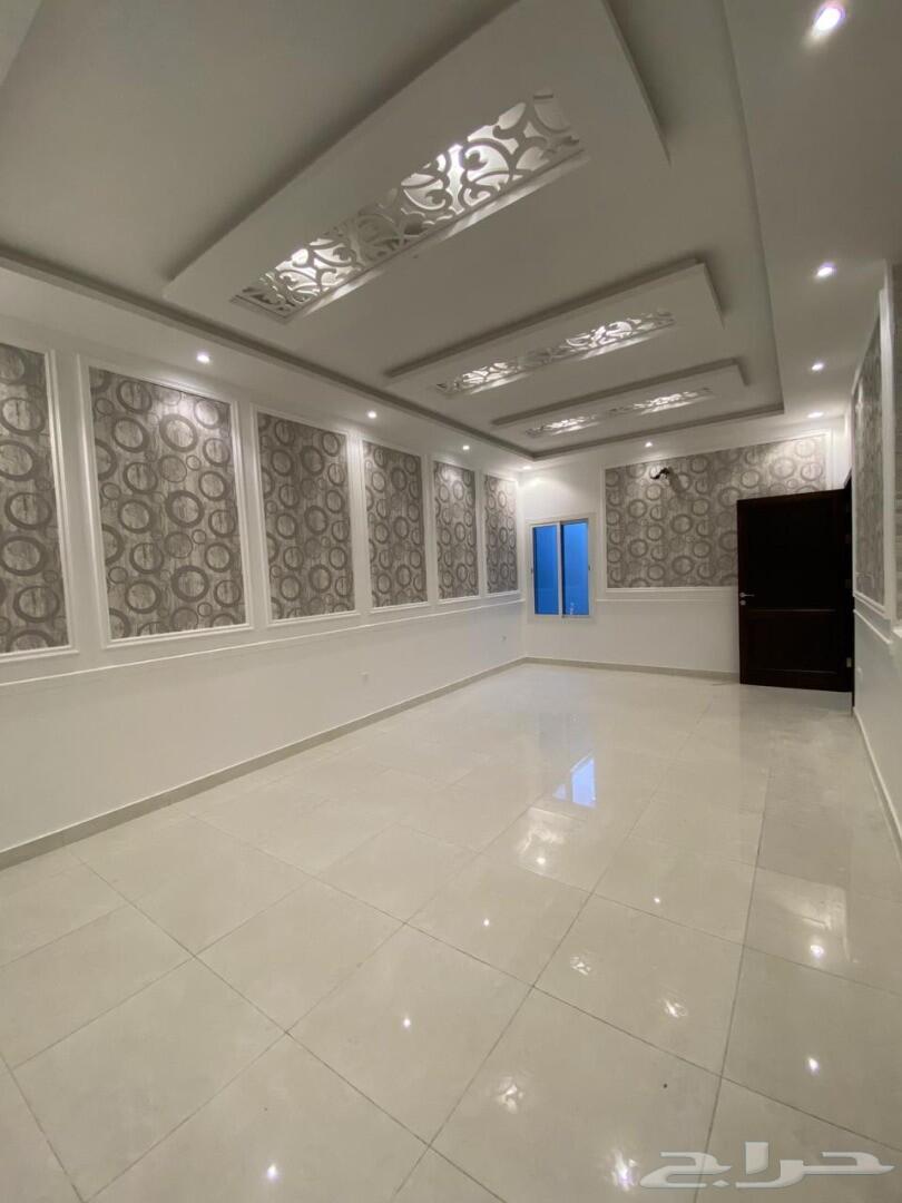 فيلا جديدة للبيع نظام شقة 5غرف و فيلا دوريين