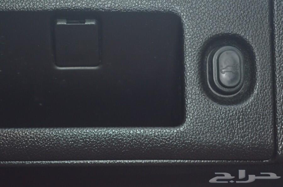يوكن قصير  SLT موديل 2016 دبل بطاقة جمركية