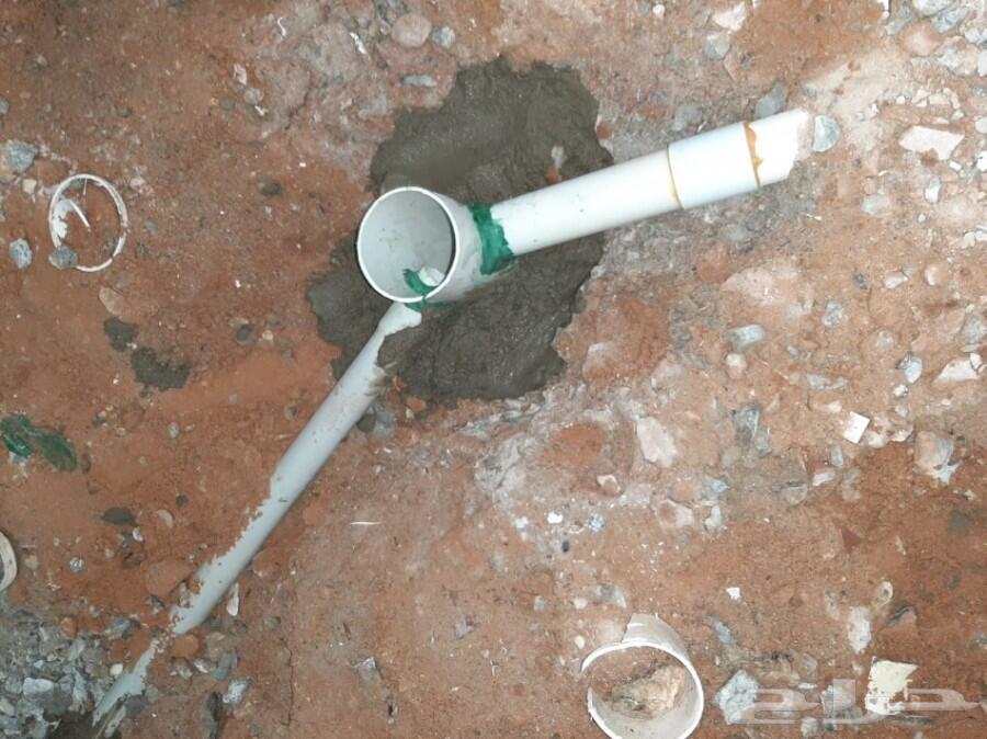 كشف تسربات وعزل خزانات المياه